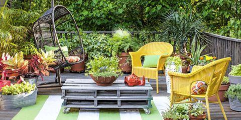 Wicker in a garden – evergreen charm